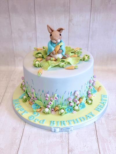 Peter Rabbit cake - Cake by Helen35