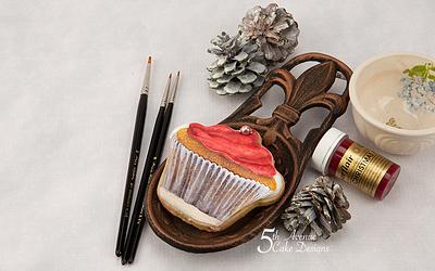 Scrumptious Christmas Cupcake Cookie Art ❄️🧁🔔 - Cake by Bobbie