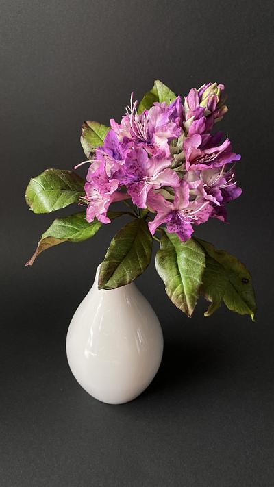 rhododendron  - Cake by  Alena Ujshag