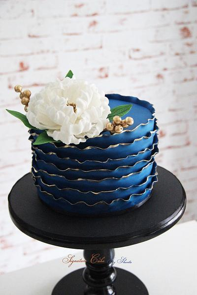 Glamour  - Cake by Signature Cake By Shweta