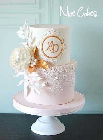 Pink and white wedding cake - Cake by Paula Rebelo