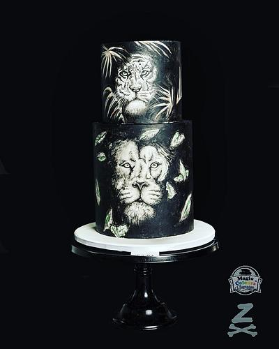 Jungle Contrast - Cake by Zoe Byres