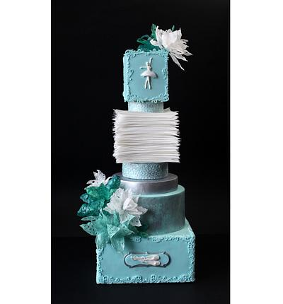 We made this cake with my friend Aneta Koleva -  http://cakesdecor.com/anideya - Cake by Antonia Lazarova