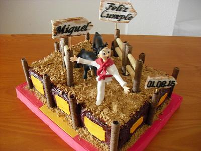 SAN FERMIN CAKE - Cake by Camelia