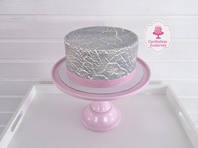 Crackled Cake  - Cake by Carolinchens Zuckerwelt