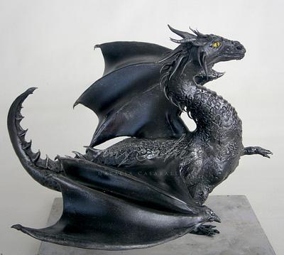 Dragón negro - Cake by Natalia Casaballe