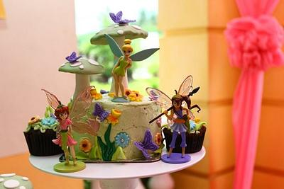 Tinkerbelle Theme - Cake by Patrice Pelayo