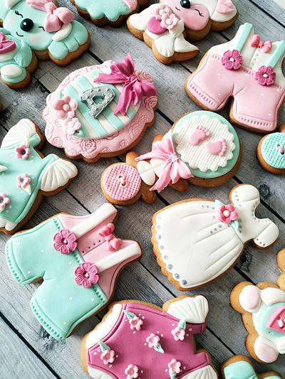 Baby cookies in rose & mint - Cake by DI ART