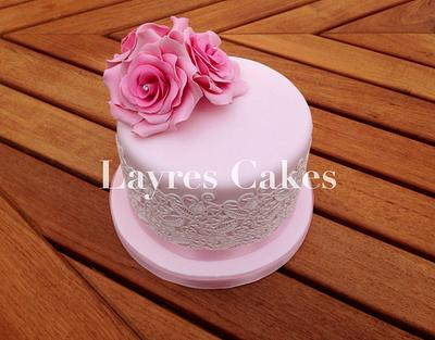 Roses & Lace - Cake by Layres Cakes