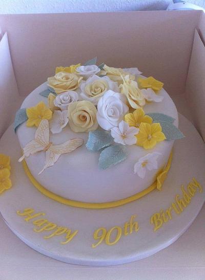 flower cake - Cake by Amanda Forrester