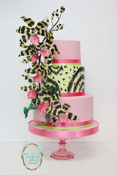 Lemboglossum Orchids Weddingcake - Cake by The Velvet Cakes