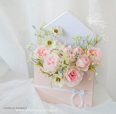 Wafer Paper English Garden Roses Flower Arrangement  - Cake by Ludmilla Gruslak