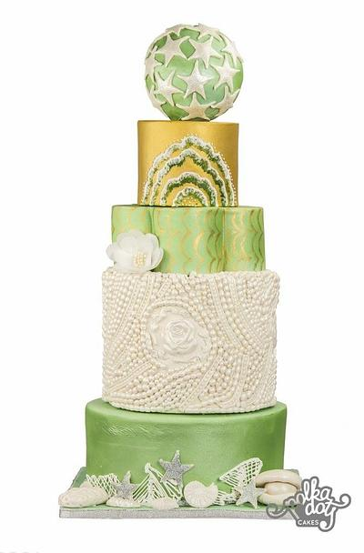 Sea & Waterlife - Modern Wedding Cake - Cake by Prableen Kaur