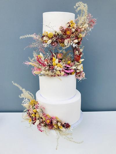 Floating Wedding Cake Dried Flowers - Cake by SweetCakeKitchen