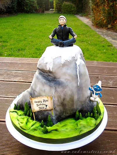 Mountaineering cake  - Cake by Nuria Moragrega - Cake Mistress