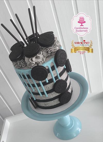 Oreo - Striped - Dripcake  - Cake by Carolinchens Zuckerwelt