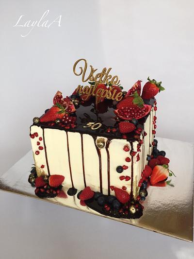 Drip cake  - Cake by Layla A