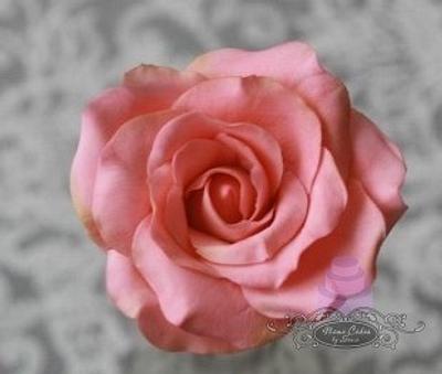 Sugar rose - Cake by Sonia Huebert