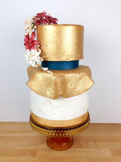Holiday and Gold - Cake by Jacqueline Ordonez