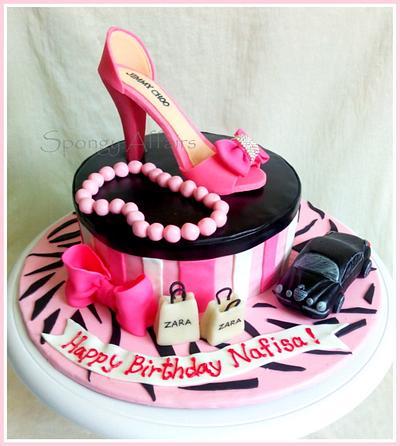 Sugar shoe cake - Cake by Meenakshi Jamadagni