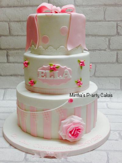 Baby girl Christening cake - Cake by Mirtha's P-arty Cakes