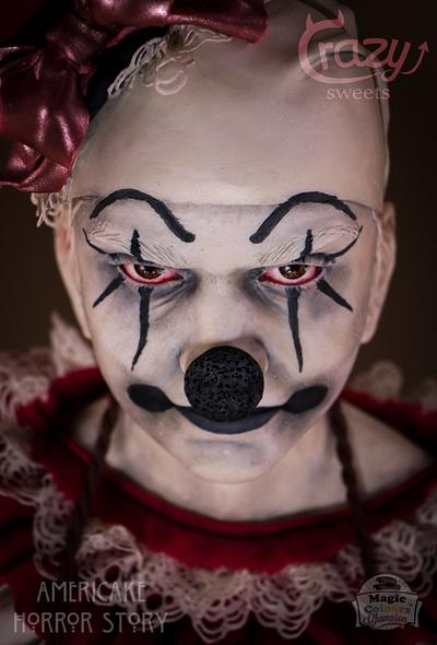 Clown Bust - Americake Horror Story Collab - Cake by Crazy Sweets