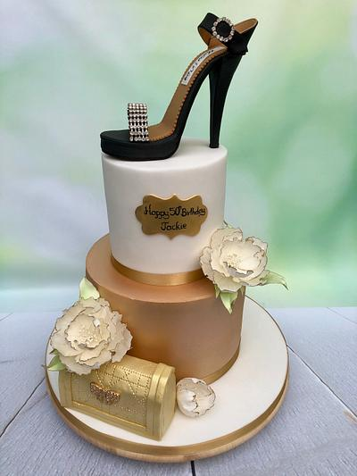 Bling shoe - Cake by Sweet Surprizes