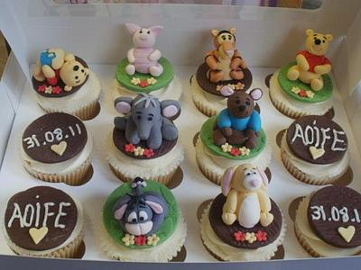 Pooh Bear & friends  - Cake by TracyLouX