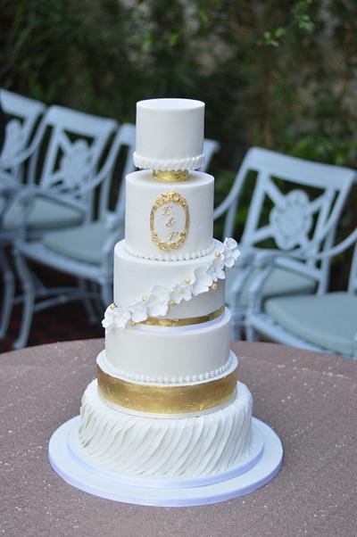 NYE wedding cake  - Cake by CakeryNi