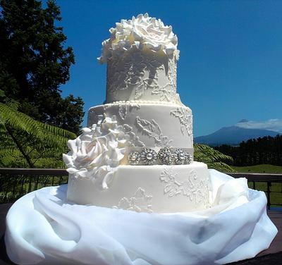 ~Vintage Brush Embrodiery Wedding Cake~ - Cake by Take The Cake