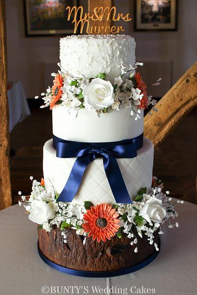 Woodland Wedding - Cake by Bunty's Wedding Cakes