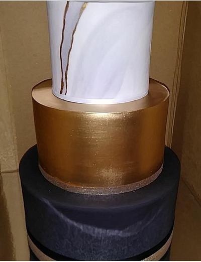 Black, white & gold Cake - Cake by Rosa
