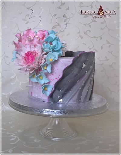 Birthday flowers cake - Cake by Tortolandia