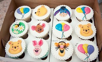 Winnie the Pooh cupcake toppers - Cake by Princess Crème