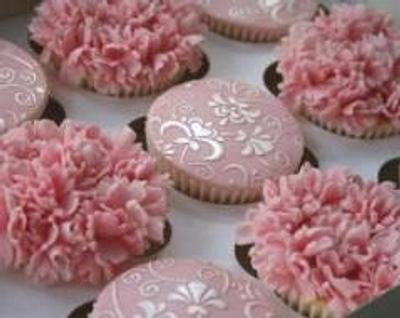 Pink Carnations - Cake by CakeDIY