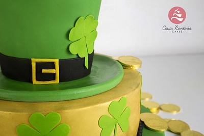 St. Patrick - Cake by Cesar Renteria Cakes