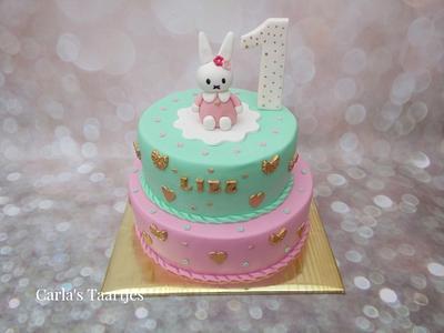 Sweet Little Bunny - Cake by Carla