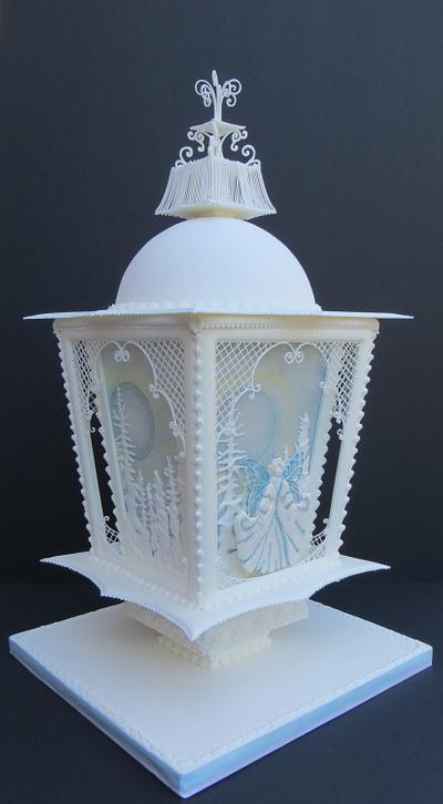 Fairy Lantern - Cake by Cakes by Beatriz