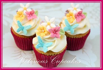 More Mother's Day Cupcakes! - Cake by Victorious Cupcakes