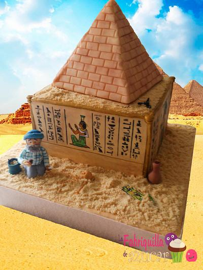 Discoveries in Egypt - Cake by Fabriquilla de Azucar