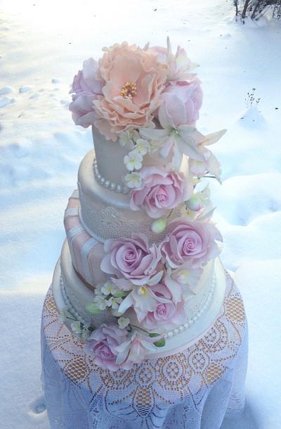 Pastel floral wedding cake - Cake by TheArtofCakes