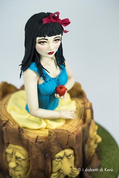Snow Withe and the Seven Dwarves - Cake by i dolcetti di Kerù