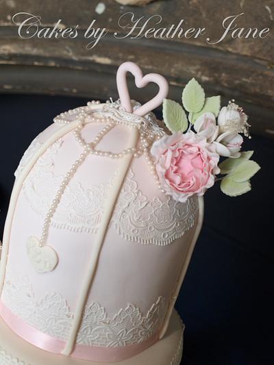 Vintage Birdcage Wedding cake - Cake by Cakes By Heather Jane