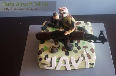 Airsoft Feline cake - Cake by Kittyscuquis
