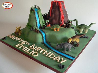 Dinosaur Cake - Cake by Sweet Fusion Cakes (Anjuna)