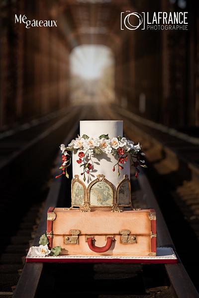 Vintage train wedding cake - Cake by Mé Gâteaux