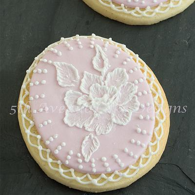 Advanced Brush Embroidery Bridal Cookies - Cake by Bobbie