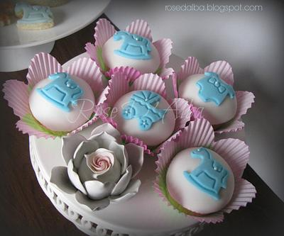 Cup cakes and cookies for birth - Cake by Rose D' Alba cake designer
