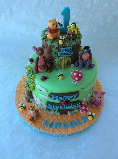 Winnie the Pooh Cake - Cake by Sonia