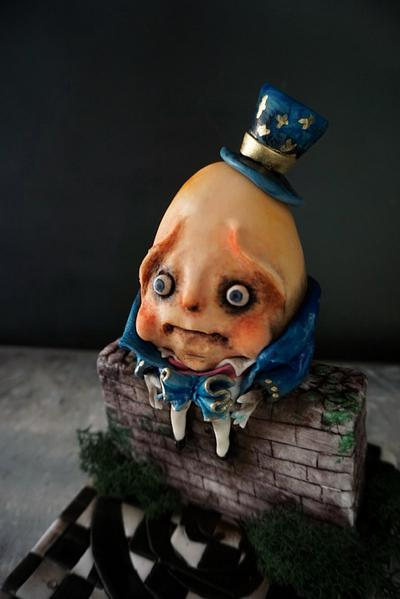 Humpty Dumpty - Cake by Duygu Tugcu